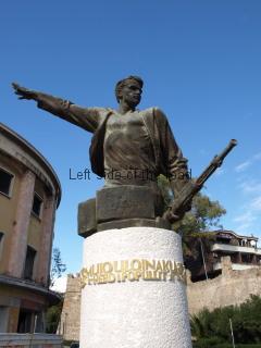 Mujo Ulqinaku Statue