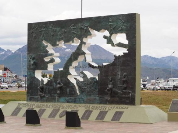 The Sculptural Monument