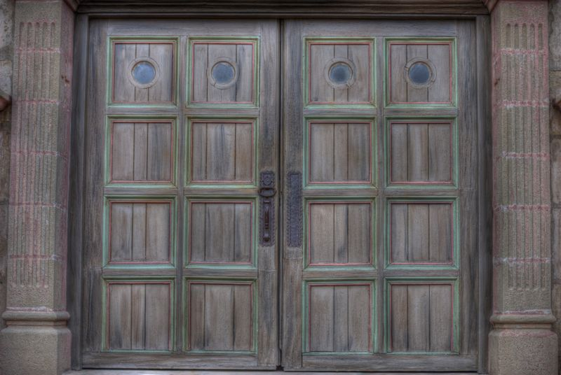The doors of the Santa Barbara Mission.