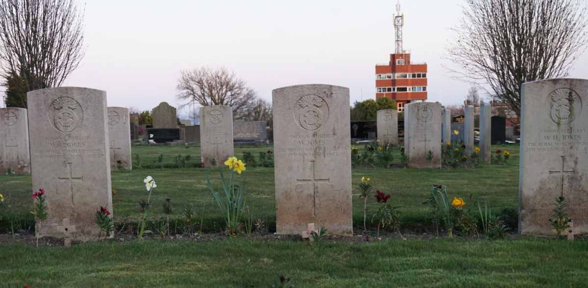 Commonwealth War Graves at Douglas Borough Cemetery