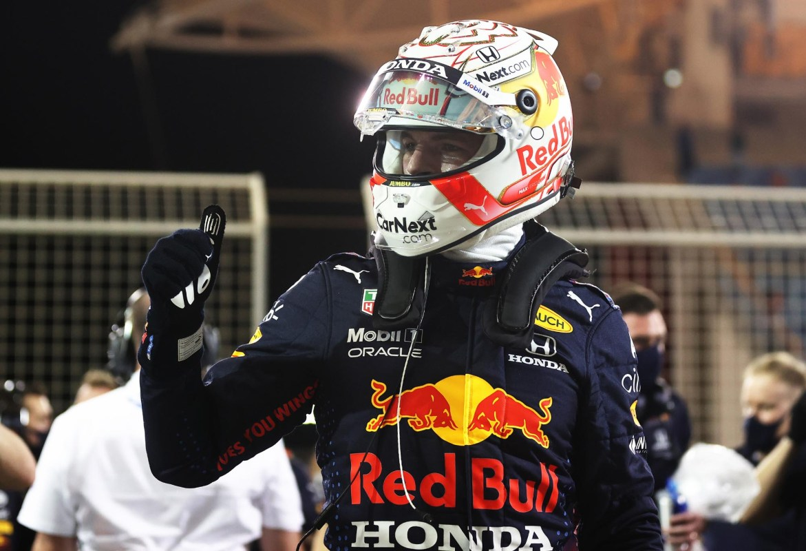 Max Verstappen gives the thumbs up after taking pole