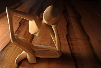 thinking_man_ape_wood_3d_sculpture_thinker_think-480x325