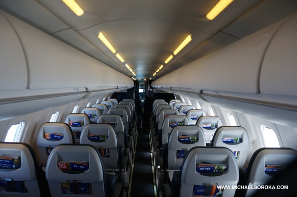 20 Delta Crj 200 Interior Pictures And Ideas On Meta Networks