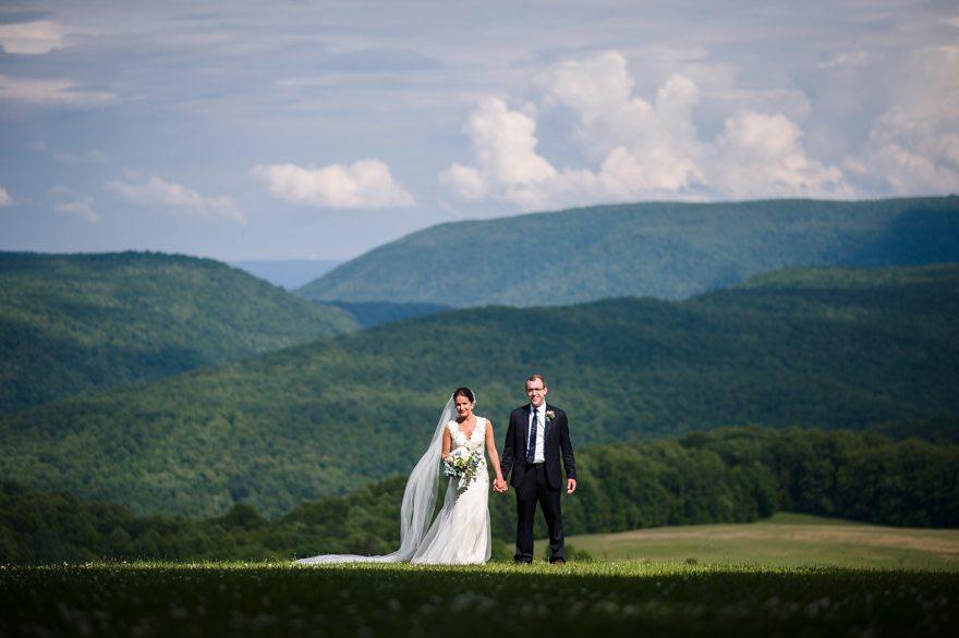 Historic Summit Inn Wedding  Kentuck Knob  Jayme  Ryan