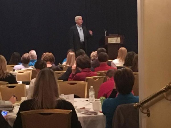 Governor Snyder speaks to local chamber professionals and their volunteer leaders in Grand Rapids at the 2017 chamber convention
