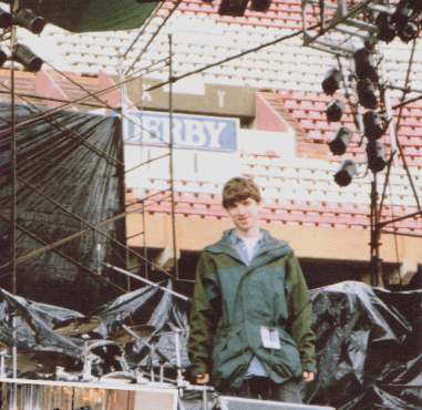 Noel Gallagher como roadie de Inspiral Carpets