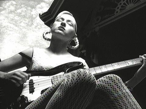 D'arcy Wreztky fue la bajista de The Smashing Pumpkins.