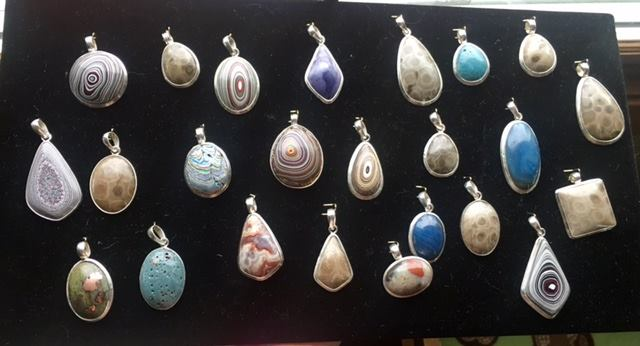 Rock Works & Thingz – Handmade Jewelry, Fordite, Leland Blue, and Petoskey Stones
