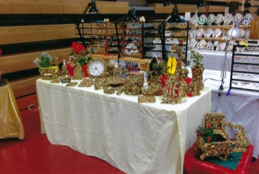 Stoned by Pam – Stone Décor of Birdfeeders, Picture Frames, Planters, Crosses, and Pots