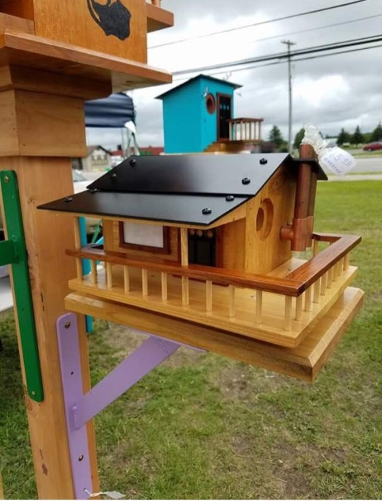 Wacky Birds Creations – One-of-a-kind Birdhouses