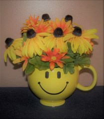 Rhonda's Handmade Crafts & Gifts – Silk Flower Arrangements, Pillows, Cloth Purses, Totes, Blankets