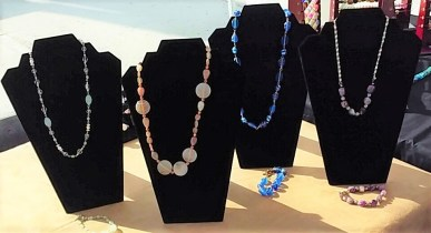Candy's Bon Marche Beading – Pandora-style, Swarovski and Crystal Bracelets, Earrings, Necklaces, Locket & Pendants