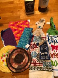 Phone Down Hometown Crafts – Crocheted Hats, Scarfs, Shawls, Booties, Diaper Covers, Dish Cloths and Scrubbies
