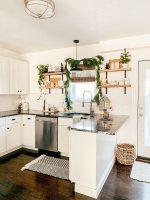 5 Christmas Kitchen Decor Ideas   Micheala Diane Designs