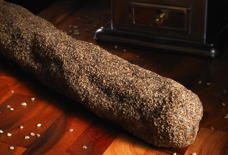 © Michel Kalifa - Maison David, Saucisson au poivre à steak