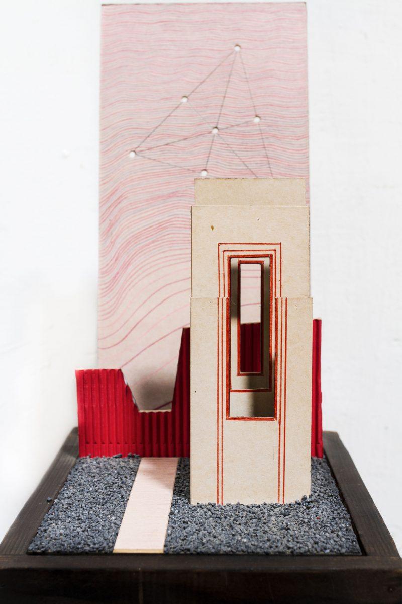 Michel Rossigneux - Haïku n°11 - techniques et matériaux divers: bois, carton, crayons de couleur, sable..