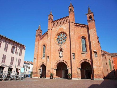 San Lorenzo Dom Kathedrale Kirche Alba Piemont