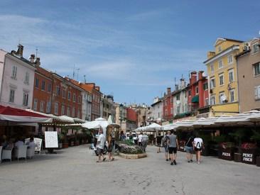 restaurants along the main square