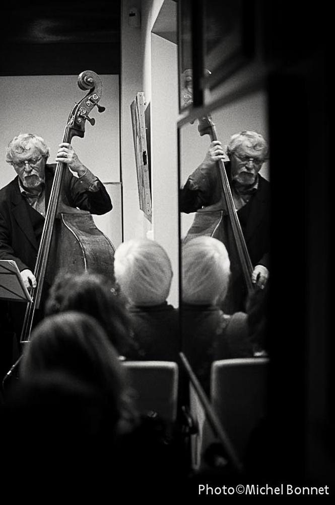 Double bass (Pierre Maingourd)