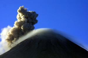 Le Volcan Fuego au Guatemala.
