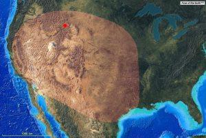 La surface recouverte par  plusieurs mètres  de cèndres lors des éruptions passées./ La superficie cubierta por varios metros de cedro durante las erupciones pasadas.