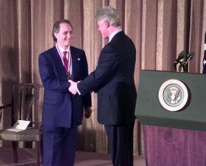 Kurzweil en compagnie de Clinton...au Hall of Fame des Inventeurs Américains.