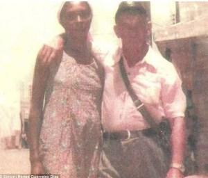 Photo présumée d'Adolph Hitler et de sa femme noire brésilienne.