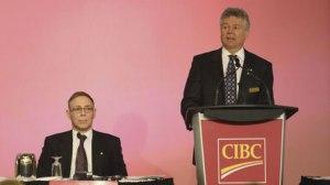 Charles Sirois devant la CIBC en avril 2012.