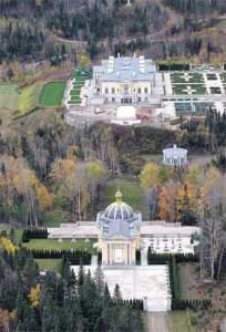 Le château  des Desmarais à Sagard,le centre de la corruption au Québec.
