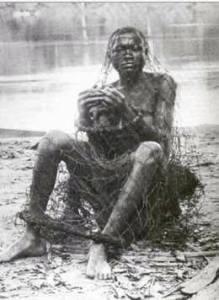 Photo d'esclave africain. Cette photo  du siècle passé proviendrait du Congo Belge.
