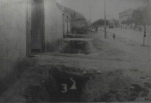 Arrivée de l'eau potable aux maisons des travailleurs.Il  fut le premier politicien  colombien  à travailler pour le peuple.