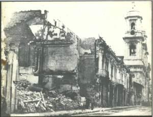 Des immeubles incendiées.