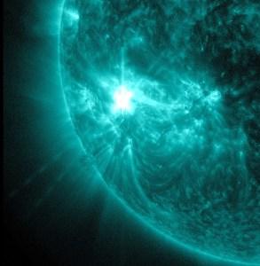 L'éruption solaire du 16 novembre 2014 aurait anéantie toute forme de vie sur Terre,si elle aurait été dirigée vers nous ...dans toute sa puissance.
