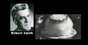 """Dans un mémorandum secret, un scientifique du gouvernement du Canada Wilbert Smith a révélé, en fait, que le Dr Vannevar Bush a dirigé un """"petit groupe"""" mis en place pour enquêter sur les ovnis - une question  a déclaré Smith, """"... est le sujet le plus hautement confidentiel dans le Royaume, a des niveaux plus élevés que la bombe H  ,elle-même""""."""