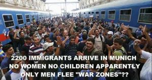 Où sont les femmes ? les enfants ? les vieux ? Tous laissés dans l'enfer de la guerre ? De deux choses l'une : soit ils ne proviennent pas de zones de combat, soit ce sont des salopards ...Est-ce que les téléspectateurs réfléchissent à la Vérité?