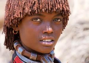 Fille éthiopienne de la tribue Hamer .