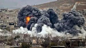 Raqqa, l'armée de l'air syrienne frappe durement les positions terroristes de Daech, mais où est cette coalition internationale fantoche ! Et le Hollande qui disait vouloir bombarder Daech!