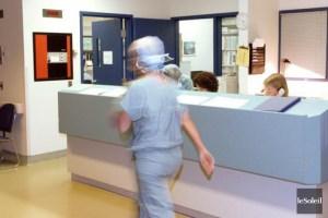 Selon Régine Laurent, plusieurs citoyens ont fait état de coupes de services très concrètes par l'intermédiaire de la ligne téléphonique de dénonciation en santé.