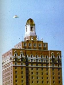 Ovni photographié à Atlantic City,au New Jersey le 28 juillet 1952.