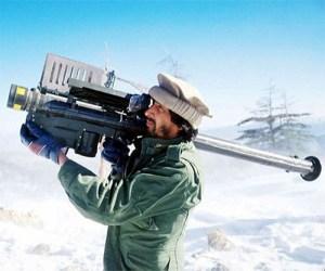 Le système de  tir de roquettes tel que décrit dans l'article.