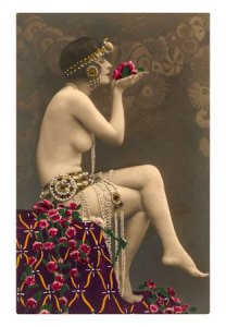 topless-belly-dancer-print-c102820942
