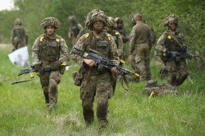 Plus de 900 militaires britanniques viennent d'être envoyé en estonie,face à l'Armée russe en face.