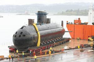 Le HMCS Chicoutimi Le sous-marin alimenté au diesel est maintenu en service par la Marine royale du Canada. Il dispose de 6 tubes sous-marins, avec un système de leurre très efficace.