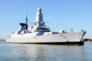 HMS Defender C' est un navire de  défense aérienne  de type 45. Ce navire de guerre est très efficace contre tous les types de menace aérienne.Appartient à l'Angleterre.