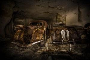 Michel a veillé à documenter sa découverte avant de poster les résultats sur Flickr. A côté des images, il a écrit qu'il soupçonnait les voitures  d'avoir été amenées dans la carrière au début de la Seconde Guerre mondiale, afin de les cacher des nazis.
