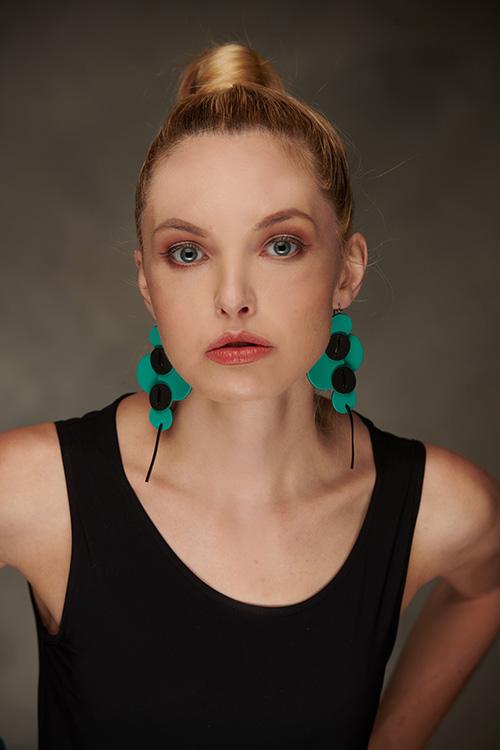 bracelet-boucles-oreilles-cuir-michèle-forest-design