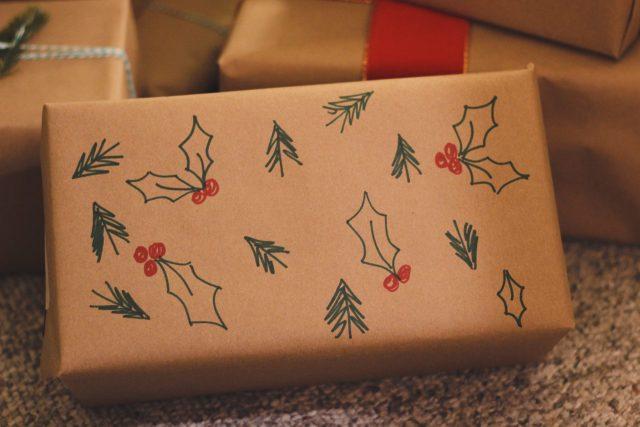 gift-wrap-ideas-5