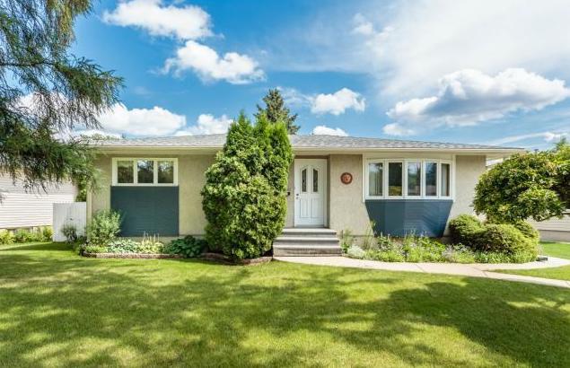 Houses for sale in Hudson Bay Park