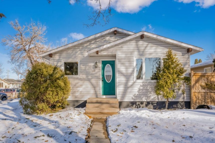 A bungalow for sale at 150 Rita Crescent, Sutherland
