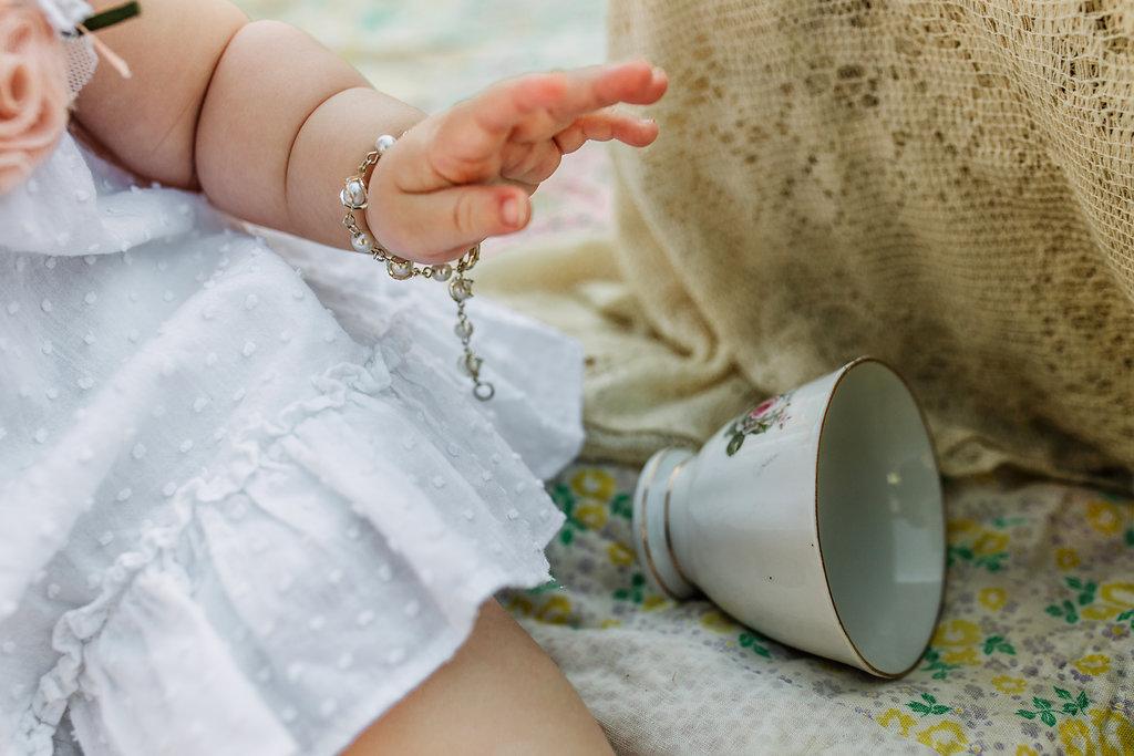 Baby-Hand-Bracelet-Teacup